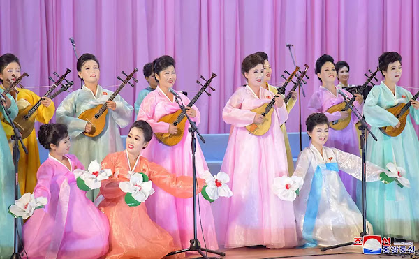 (1) DPRK women's union art groups performance