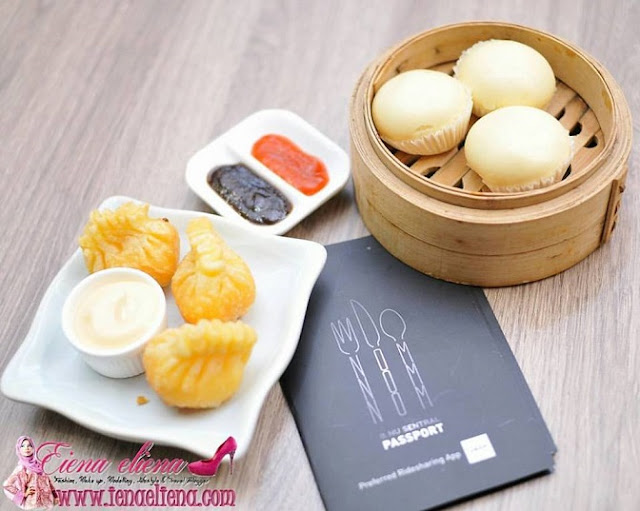 Egg custard bun dan Salad prown dumplin di Dolly Dim Sum Nu Sentral