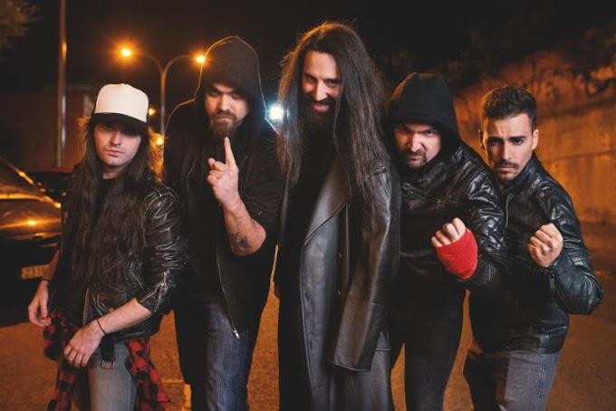 La banda portadora de la antorcha del Heavy Metal español se llama FRENZY. Conocelos.