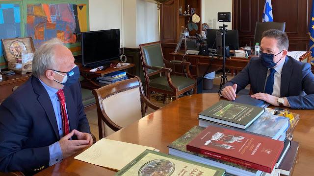 Συνάντηση Ανδριανού με Πέτσα για θέματα του Υπουργείου Εσωτερικών που αφορούν την Αργολίδα