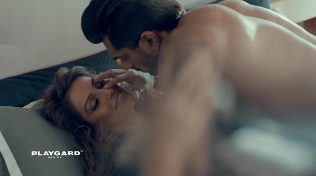 Bipasha Basu Hot Sexy HD Wallpaper Download