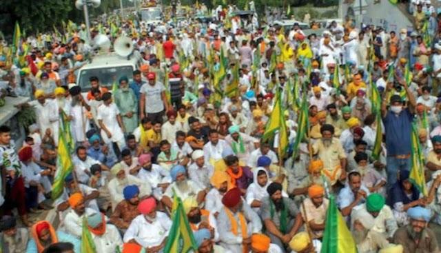 उत्तर प्रदेश (utter perdesh) के किसानों (farmer) को हरियाणा बॉर्डर(Haryana border) पर रोका गया किसान अपनी फसल हरियाणा के सरकारी मंडी में बेचने जा रहे थे