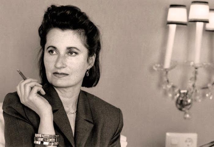 Biografía de Elfriede Jelinek