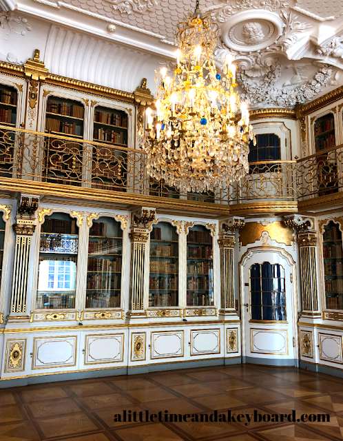 The Queen's Library invites curiosity at Christiansborg Palace