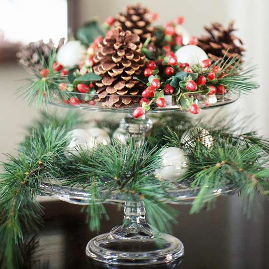 Easy Decorations: Modern Furniture: New Simple Christmas Centerpieces Ideas 2012
