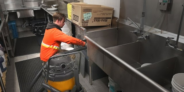 Grease Trap Cleaning and Maintenance: Major Do's and Don'ts You Must Follow