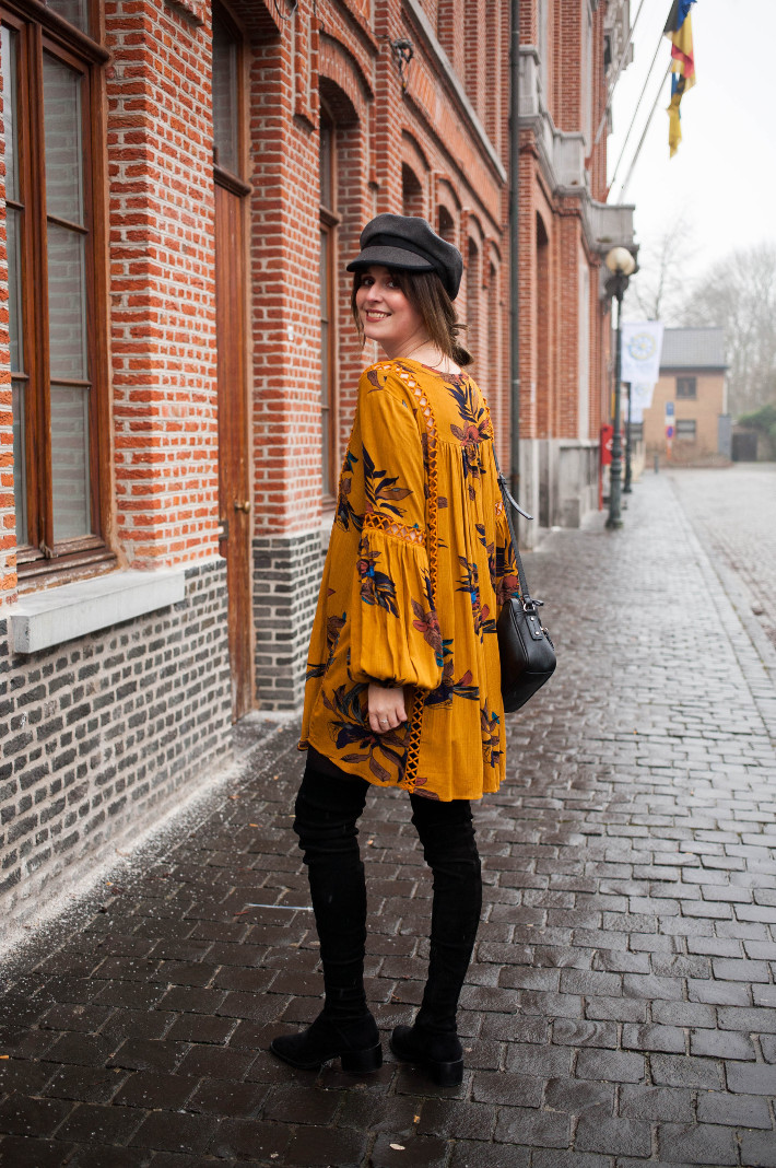 Outfit: 60s inspired in boho dress and bakerboy hat