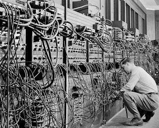sejarah sistem informasi manajemen