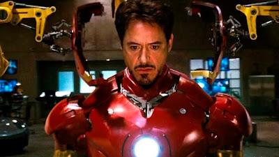 Tony Stark, se convierte en Iron Man