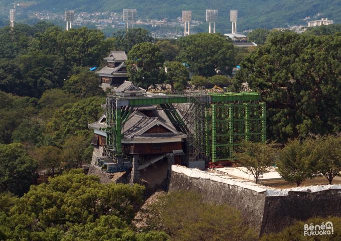 熊本市役所から見た五階櫓