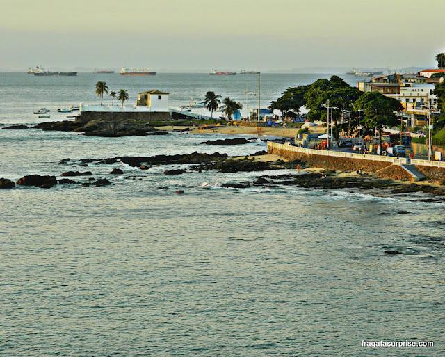 Salvador: Forte de Santa Maria visto do alto do Farol da Barra