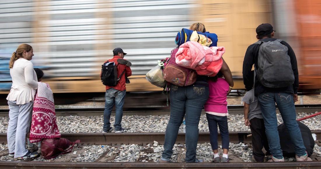 """El Cártel de Sinaloa controla tráfico de personas, la """"oferta"""" de este año fue trasladar a un adulto, acompañado de un menor por entre 3,000 y 6,000 dólares"""