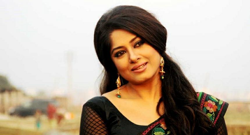 Actress Mousumi Best Photos & Short Biography 22