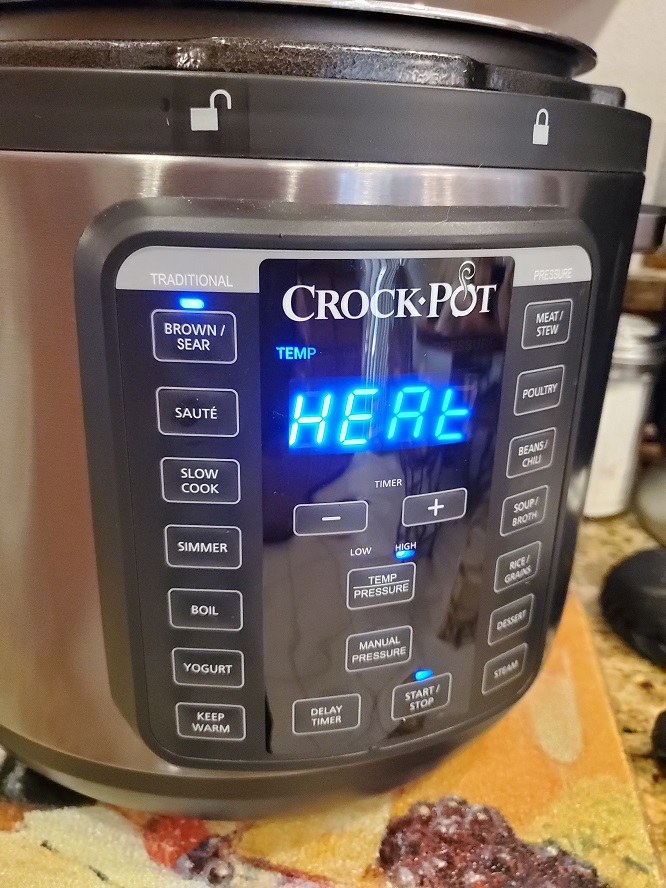 this is the crockpot express show the functions lit up on the front