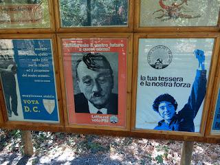 Parco Gallorose(ガッロロゼ公園)プロパガンダポスターの展示