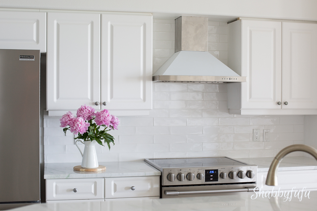 white-coastal-kitchen-remodel