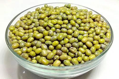 Green Gram/Whole Mung Beans/Turkish gram - मोठ दाल / साबित मूंग