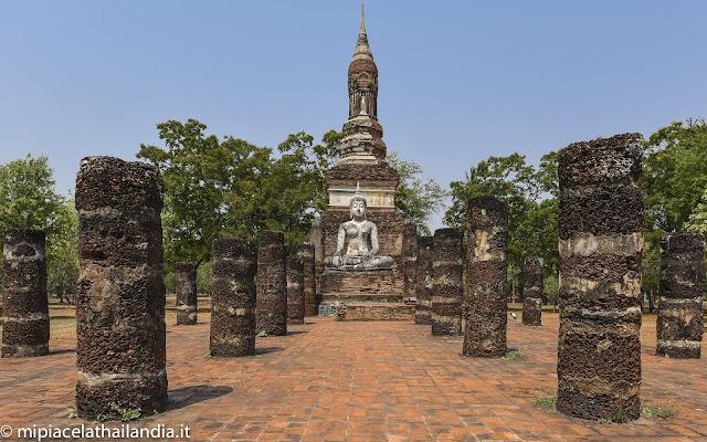 Wat Traphang Ngoen, Sukhothai, main chedi and viharn