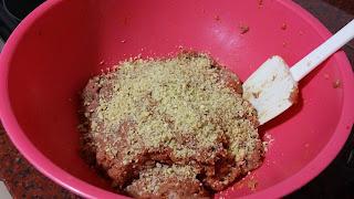 Carne picada con frutos secos