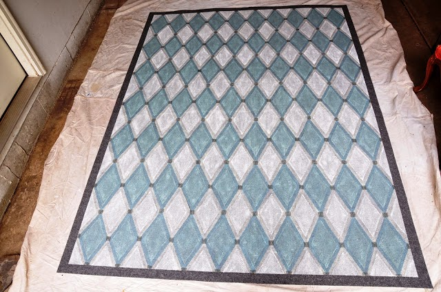 Fiber Rugs Are Not The Only Ones You Can Make Your Own With A Little Paint Check Out This Painted Bamboo Rug From Pretty Handy