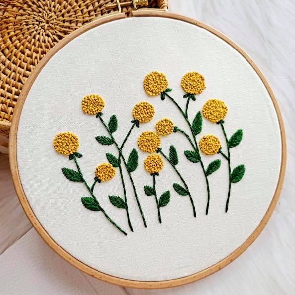 Thêu hoa bằng mũi sa hạt