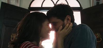 Laila (Julia Dalavia) ouvirá explicação de Jamil (Renato Góes) sobre sua relação com o sheik