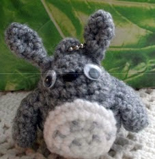 http://charami.com/wp-content/uploads/2011/09/Charami-pattern-Totoro-Keychain-EN.pdf
