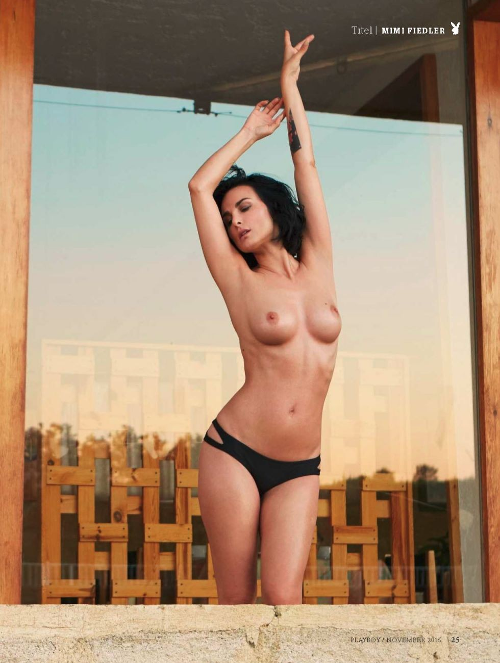 Mimi Fiedler Nude - Woodenbild -3097