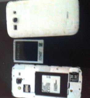 كيفية اصلاح الهاتف اذا وقع في الماء How to fix a water damaged phone