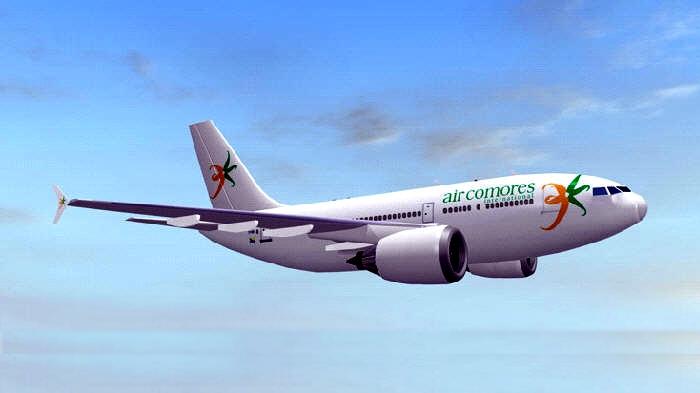 جزر القمر للطيران هي شركة طيران خاصة بجمهورية جزر القمر، وكانت تتخذ جزر القمر للطيران من مطار الأمير سعيد إبراهيم الدولي مركزا رئيسيا لعملياتها الجوية
