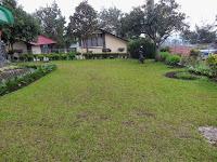 http://vilaistanabungavilage.blogspot.com/2014/04/villa-yang-murah-di-lembang-bandung.html