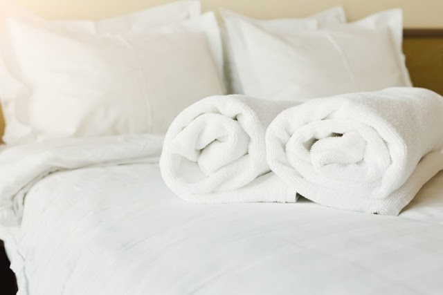 The Real Reason Why Hotels Use White Sheets