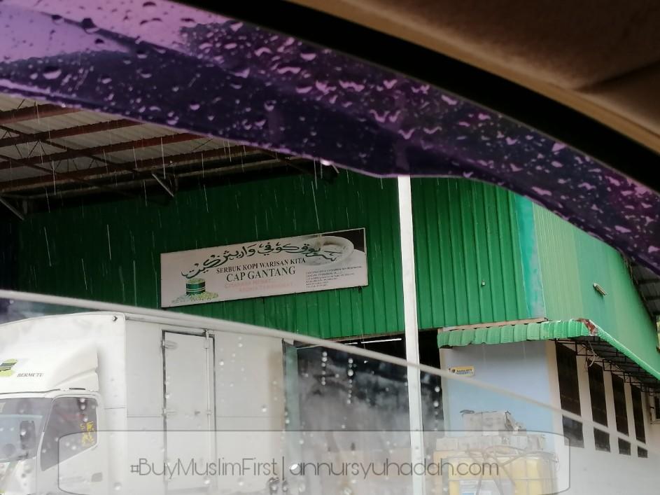 sejarah kopi cap gantang,Kopi keluaran muslim kopi cap gantang,brand coffee yang sedap,kopi kampung paling sedap,senarai jenama kopi di malaysia,jenama kopi terbaik di malaysia