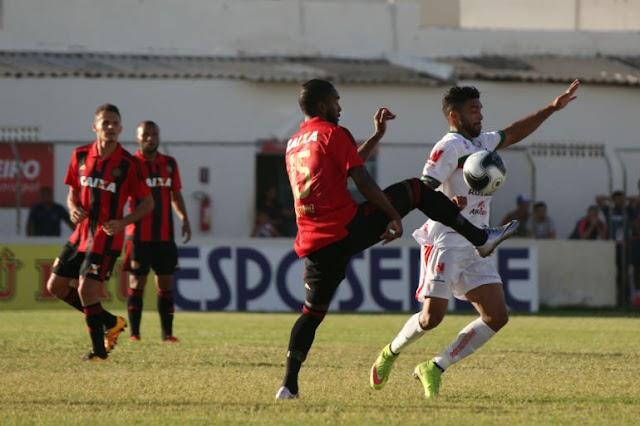 Futebol baixo e classificação para final do Pernambucano na sorte