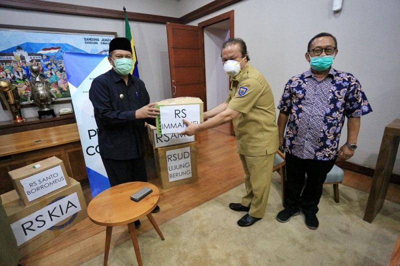Pemkot Bandung Terima Bantuan Alat Pelindung Diri