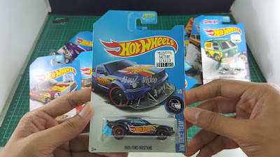 Hot Wheels Super Treasure Hunt 2005 Ford Mustang