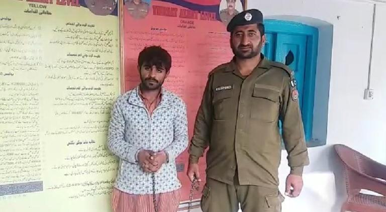 10 روپے سے زائد والدہ کے قتل کے الزام میں اٹک شخص گرفتار خاتون 3 فروری کو اپنے گھر میں مردہ پائی گئیں