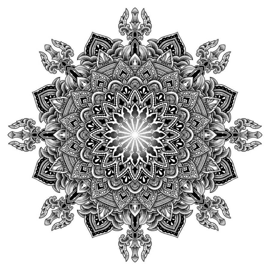 10-Tyler-Hays-Mandala-Drawings-www-designstack-co