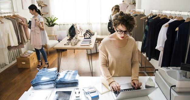 Panduan Memulai Bisnis Fashion dengan Brand Sendiri dengan Sukses - cariduit.id