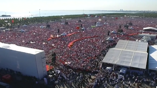 Huge crowd rallies in Istanbul against Turkey's post-coup crackdown