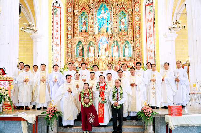 Thánh lễ Tạ ơn Cha Antôn Phạm Văn Hưng