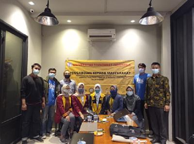 PKM FEB UTI Beri Pelatihan Keuangan dan Pemasaran Kepada Penggiat Start Up di Lampung