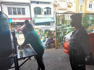 Pantau Penerapan Protokol Kesehatan dipusat Perbelanjaan, Polres Pelabuhan Makassar berikan Imbauan