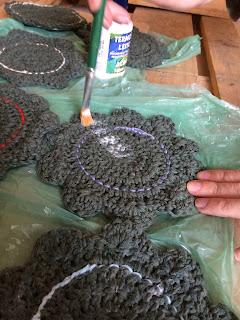 porta copos de croche flores de crochê diy termolina