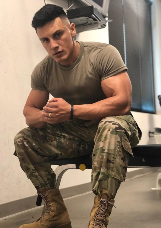 big-biceps-soldier-handsome-masculine-face-strong-male-body-uniformed-marine