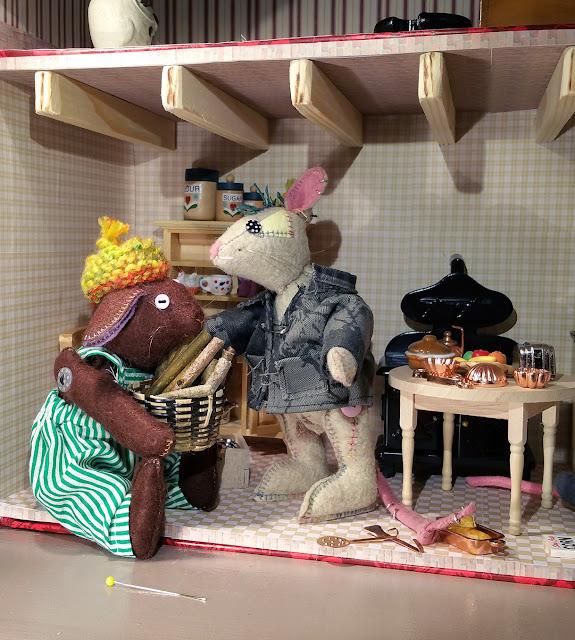 miniature furnitures, meubles pour poupée,dolls furniture, meubles miniature