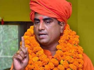 hindu-mahasabha-president-shot-dead-lucknow