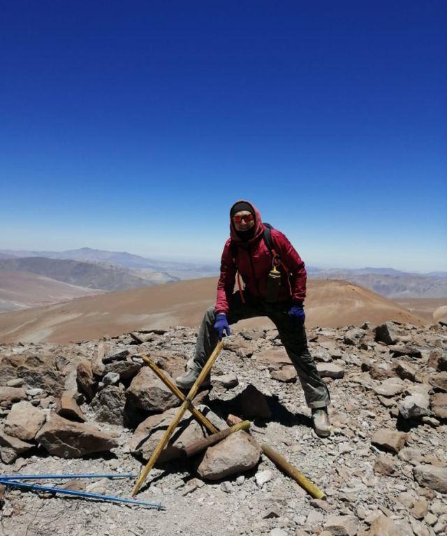 Ismael en el Cerro 7 Hermanos