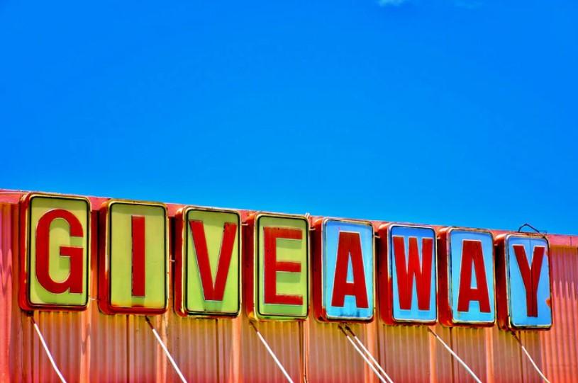 tips meningkatkan traffik website dengan program giveaway