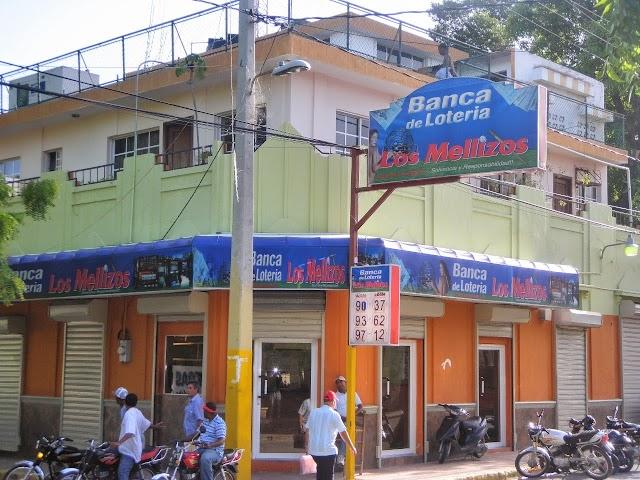 """Denuncian en este mes han sido atracadas mas de 20 bancas """"Los Mellizos"""", en Barahona"""